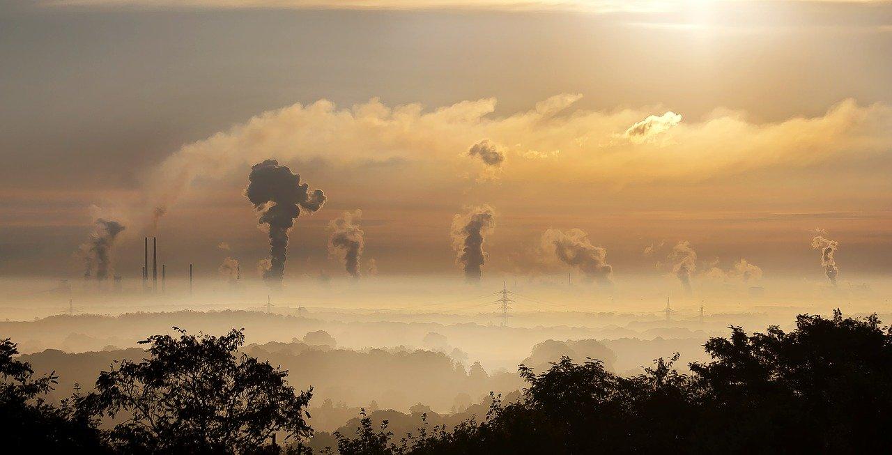 industria, amanecer, niebla