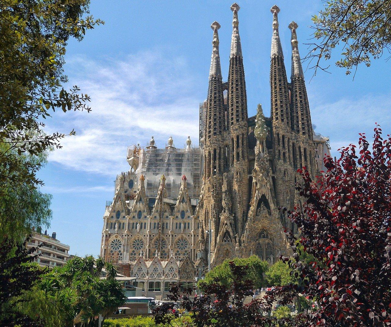 sagrada familia, catedral, arquitectura